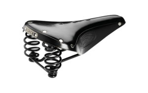 brooks flyer black